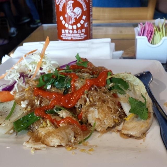 Chicken Pad Woon Sen